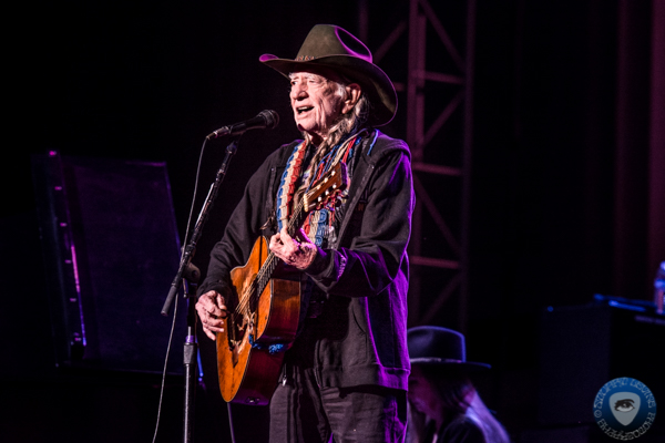 Willie Nelson 'Feeling Better,' Will Resume 2019 Tour