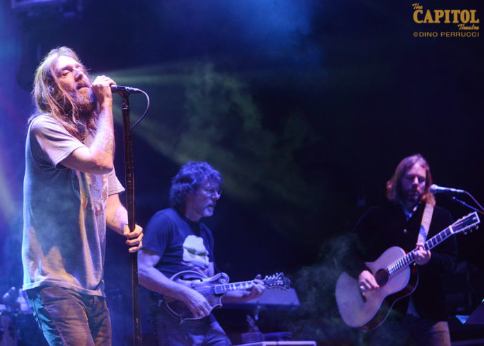 """'Wall Street Journal' Source on 2020 Black Crowes Reunion: """"There Might Be Something in the Works"""""""