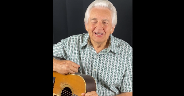 "Del McCoury Performs Flatt & Scruggs' ""I'll Just Pretend"" in New Video"